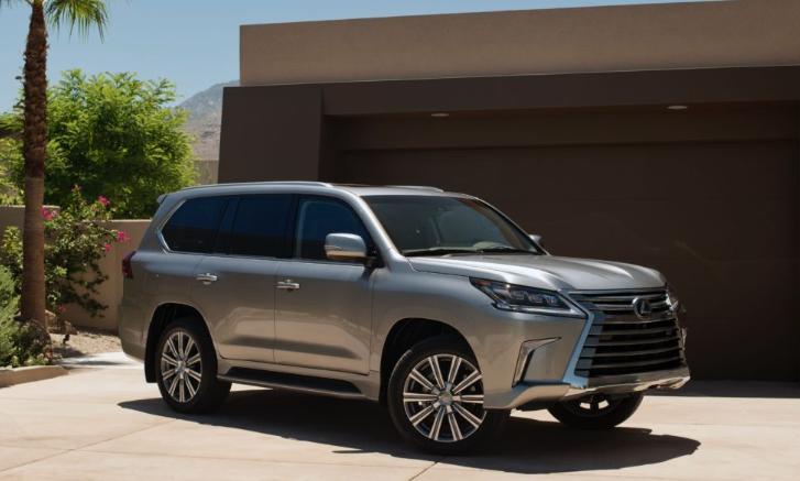 2019 Lexus LX 2-Row news