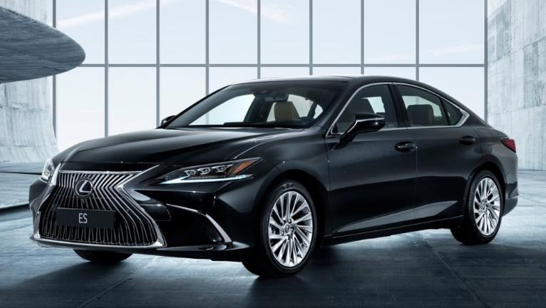 2019 Lexus ES Sport design