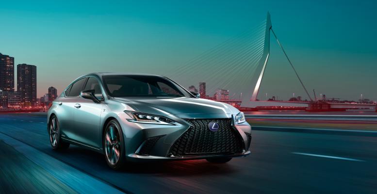 2019 Lexus ES Sport price