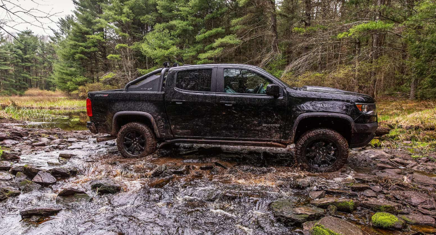 2019 Chevy Colorado ZR2 Midnight Edition news