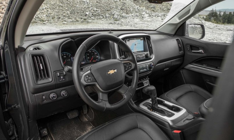 2020 Chevy Colorado ZR2 Bison interior