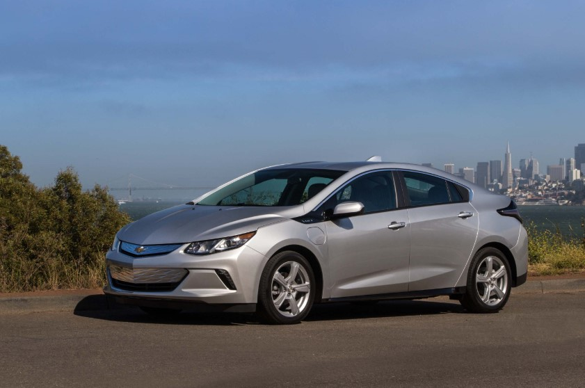 2020 Chevy Volt Hybrid design