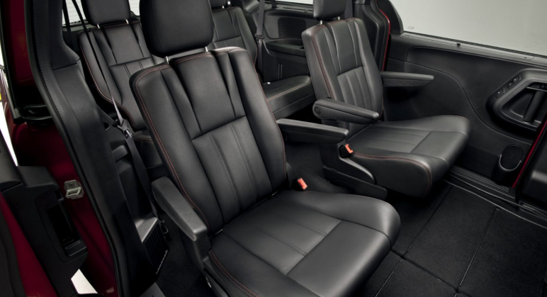 2019 Dodge Caravan RT news