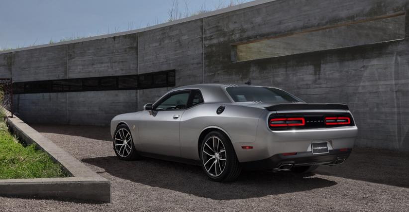 2020 Dodge Challenger Scat Pack Shaker redesign