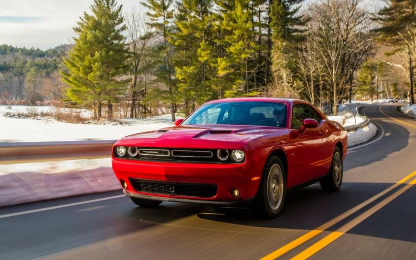 2020 Dodge Challenger SXT AWD concept