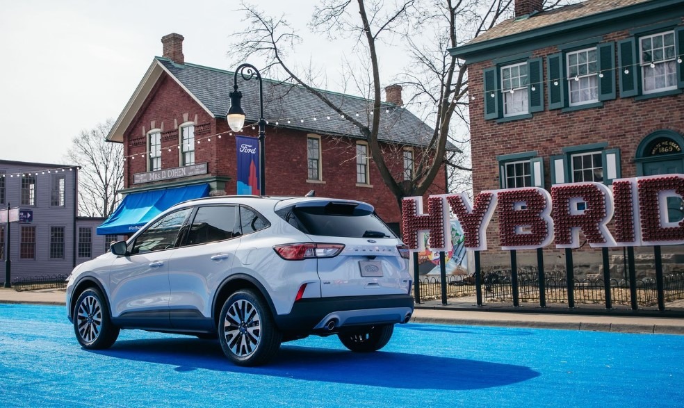 2020 Ford Escape Hybrid Canada