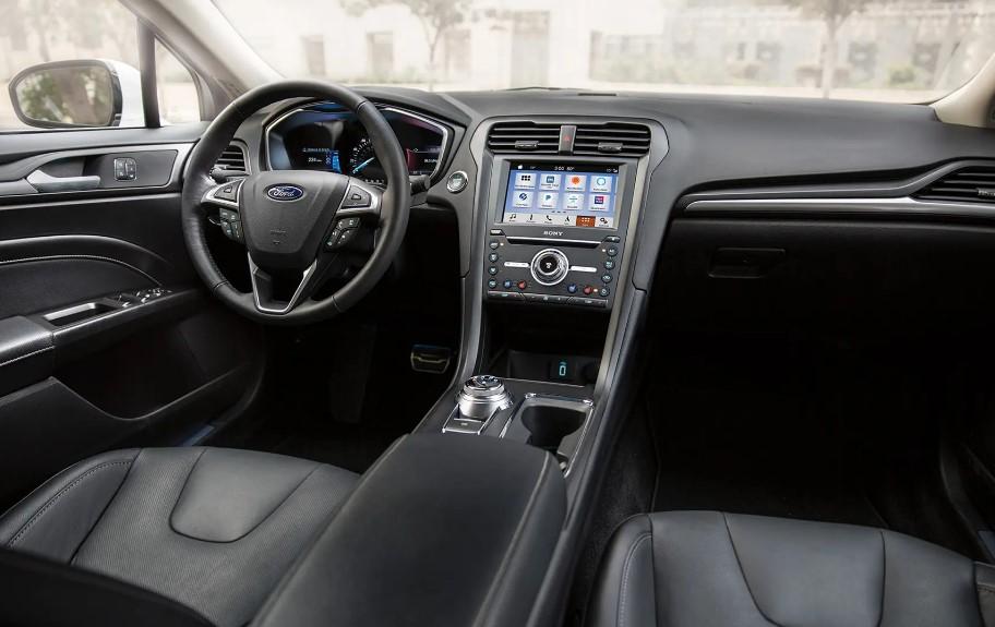 2020 Ford Mondeo Wagon interior