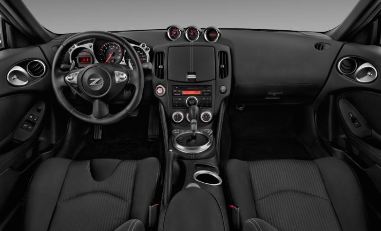 2020 Nissan 370Z Canada