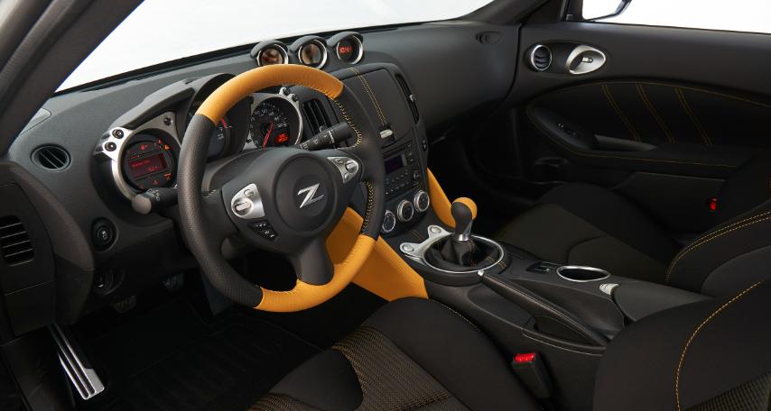 2019 Nissan 370Z Convertible design