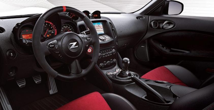 2019 Nissan 370Z Coupe design