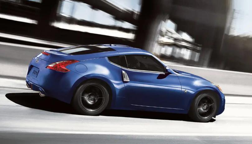 2019 Nissan 370Z Touring Sport news