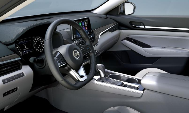 2020 Nissan Altima 2.0 V-Motion