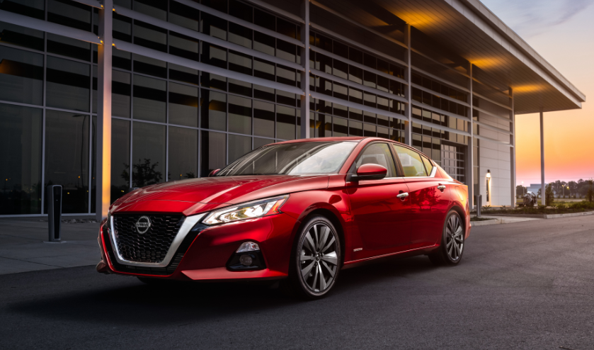 2019 Nissan Altima Platinum changes