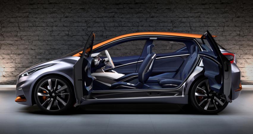 2019 Nissan Sway interior