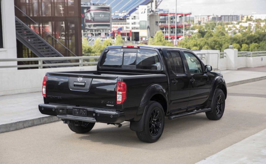 2019 Nissan Frontier Midnight Edition changes