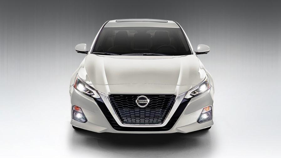 2020 Nissan Altima White